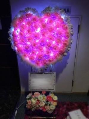 【電飾ハート花輪】お誕生日、結婚式、イベント、パーティーなどに…インスタ映え間違い無し!