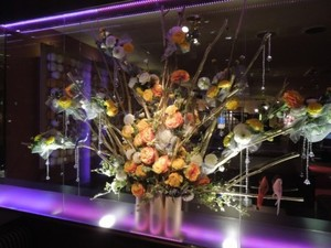 【造花フラワーアレンジメント】開店、開業、開院、周年祝い、お誕生日の御祝いに…
